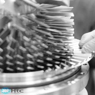Edwards 磁浮涡轮分子泵