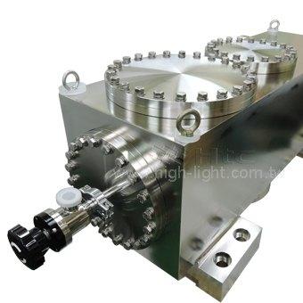 同步辐射CF150、CF200方形UHV超高真空腔室 | Htc日扬真空专业UHV真空腔室客制化供应制造厂