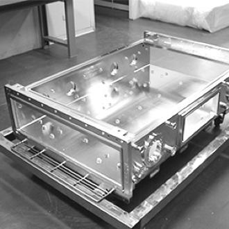 方形腔室客制化UHV超高真空腔室 | Htc日扬真空超高真空腔室定制加工,焊接加工制造商